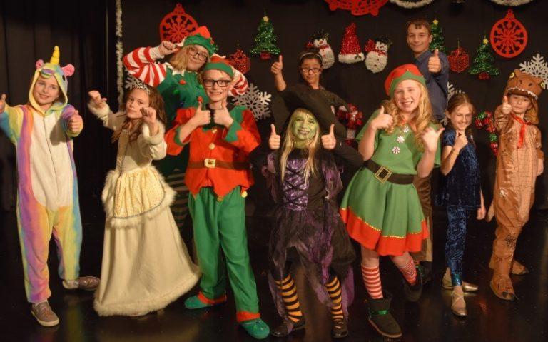 2018 MT Magically Christmas Show00010