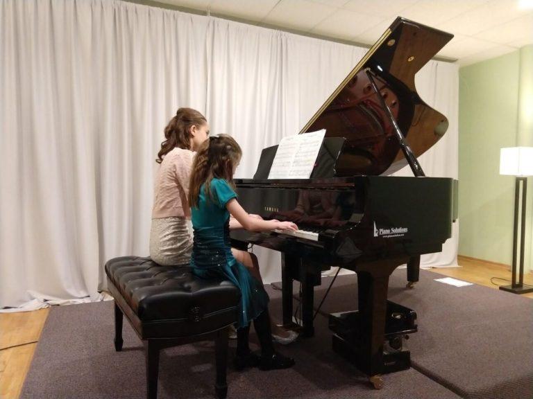 Piano Recital 2018-00010